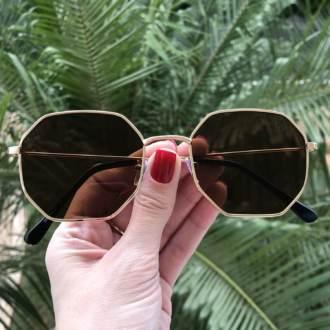 oculos de sol quadrado marrom elisa 4 0