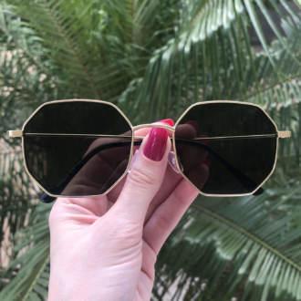 safine com br oculos de sol quadrado dourado com verde elisa 4 0